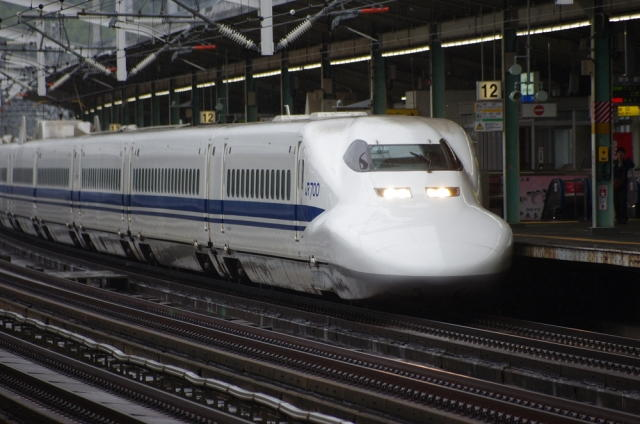 新幹線 多目的室 着替え
