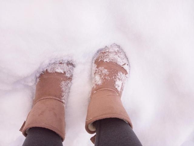 雪道 歩き方 かかと