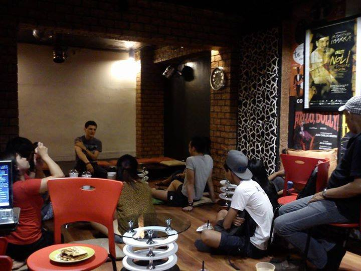 Coffee Shop with Theater as Theme