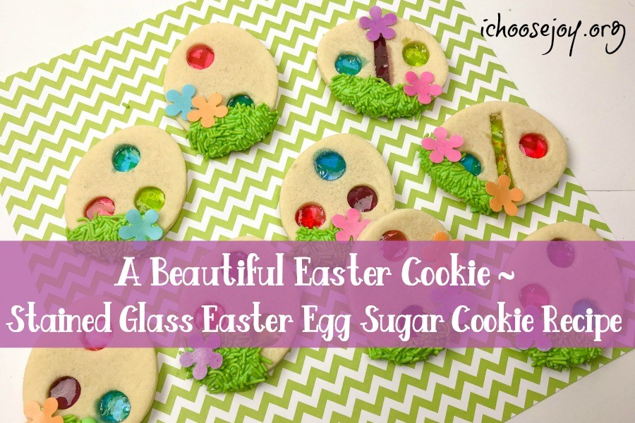 A Beautiful Easter Cookie ~ Stained Glass Easter Egg Sugar Cookie Recipe. #easter #easterrecipes #eastercookies #easterdesserts
