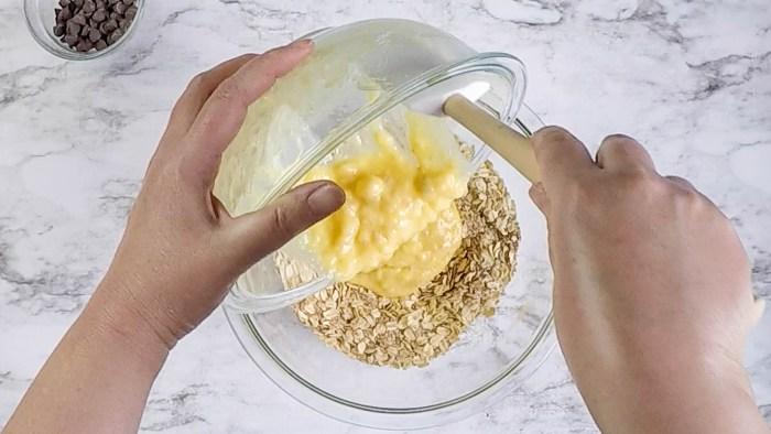 Banana Bread Breakfast Cookies recipe and tutorial