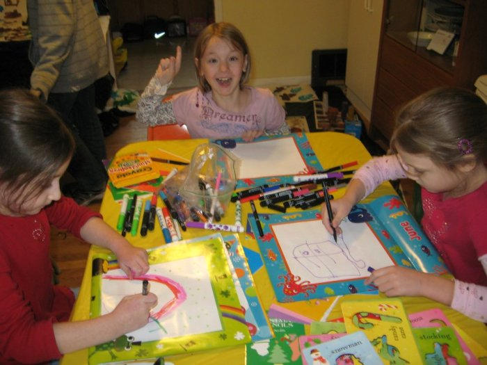 Crafty Kids Christmas Camp
