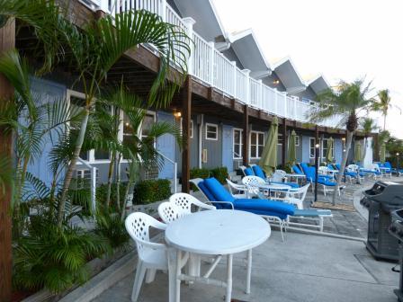 Dolphin Inn Veranda
