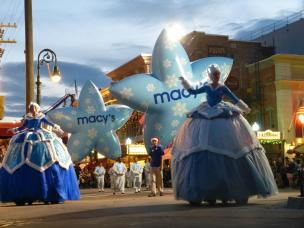 Macys Holiday Parade
