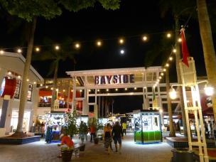 Bayside bei Nacht