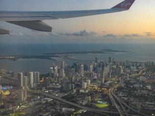 Abflug über Downtown Miami