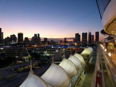 Die Lichter gehen an in Miami-1200x900
