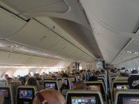 Flugzeug Etihad Flug nach Abu Dhabi
