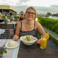 Thailand Bangkok Chao Praya Restaurant Eat Sight Story Deck Esssen