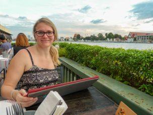Thailand Bangkok Chao Praya Restaurant Eat Sight Story Deck Essen