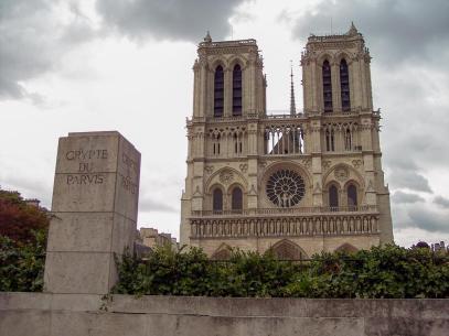 Frankreich Paris Notre Dame de Paris Kathedrale Gotik Fassade Glockentürme Parvis Vorplatz