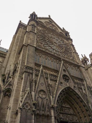 Frankreich Paris Notre Dame de Paris Kathedrale Gotik Kirchenschiff Nordfassade Fenster Rosette