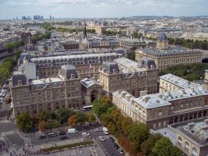 Frankreich Paris Notre Dame de Paris Kathedrale Glockenturm Turm Turmbesteigung Galerie Ausblick Ile-de-la-Cite Sainte Chapelle