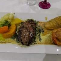 Südafrika South Africa Kleine Karoo Oudtshoorn Schoemanshoek Le Petit Karoo Ranch Restaurant Abendessen Straußensteak
