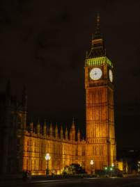 Großbritannien England UK London Big Ben Elizabeth Tower Clock Tower Houses of Parliament britisches Parlament Nachtaufnahme nachts