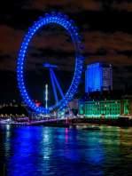 Großbritannien England UK London London Eye Riesenrad Themse Nachtaufnahme nachts blau