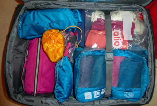 Travel Hack Koffer packen Packwürfel