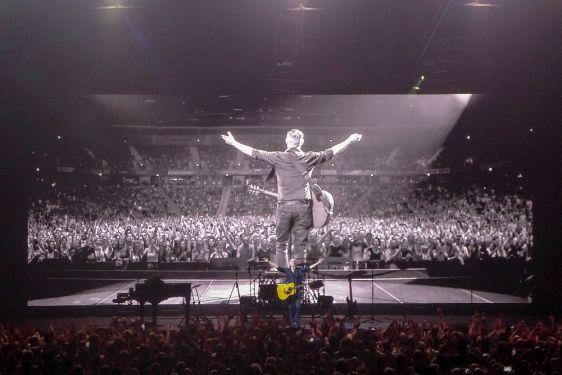 Konzert Bryan Adams live Arena Oberhausen