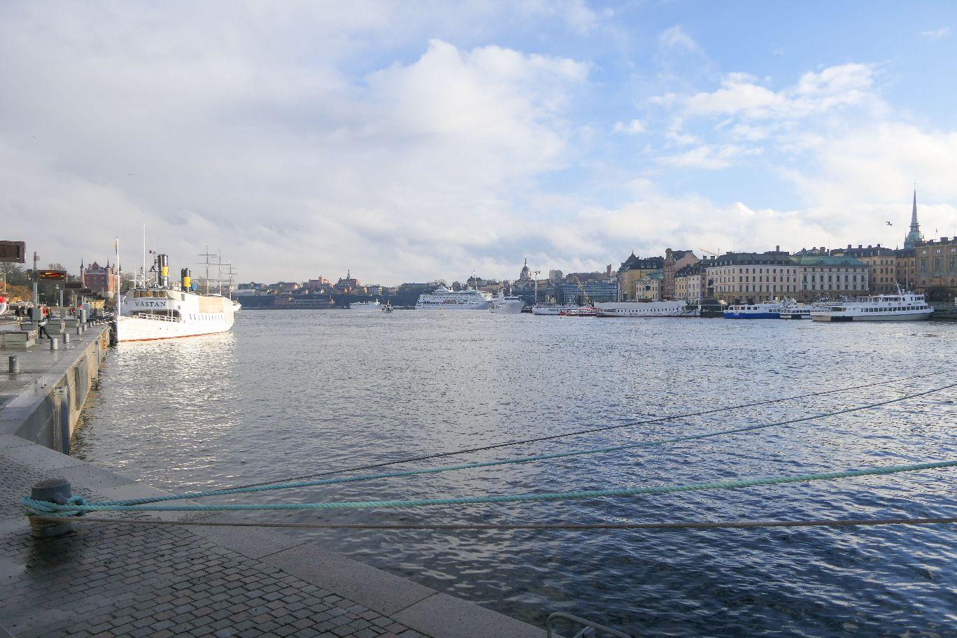 Stockholm Schweden Promenade Södra Blasieholmshamnen Ausblick Wasser