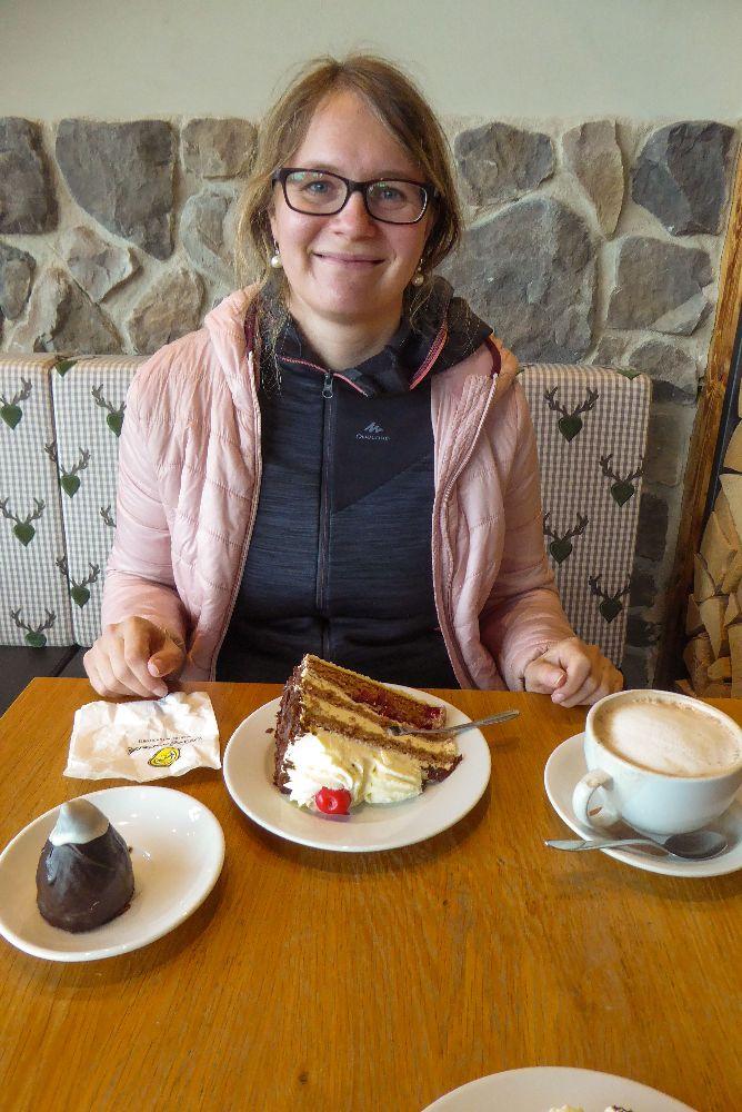 Deutschland Schwarzwald Hochschwarzwald Feldberg Bärental Schwarzwaldmaidle Café Schwarzwälder Kirschtorte Torte