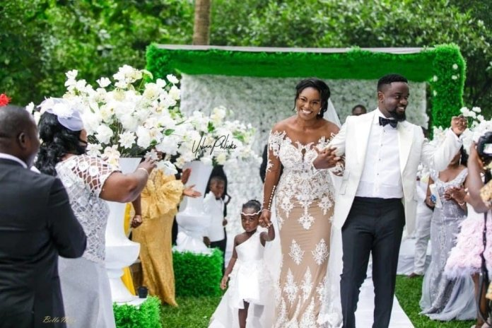Sarkodie and Tracy react to 'second-born' rumors, Ameyaw Debrah guffed.