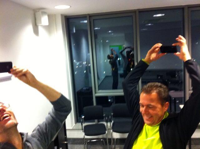 Selfie-Gymnastik beim StreamCamp