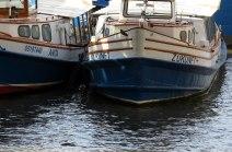 Traditionelle Rundfahrtsboote.