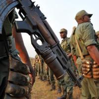 Congo : Des soldats armés sèment la terreur dans le Niari