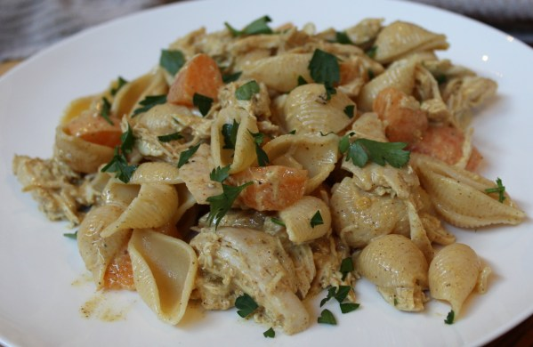 Coronation Chicken With Shell Pasta