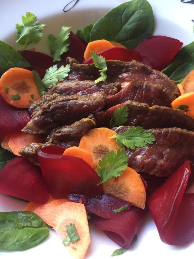tataki de boeuf carottes et bettraves en pickles