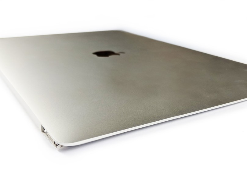 """MacBook Pro 15"""" Retina Display Assembly (Late 2016 / Mid 2017) 4"""
