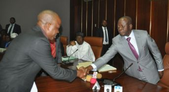 Oshiomhole Suspends Newly Sworn In LG Chairman