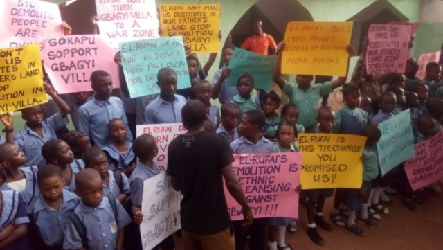 Gbagyi residents protest the proposed demolition exercise