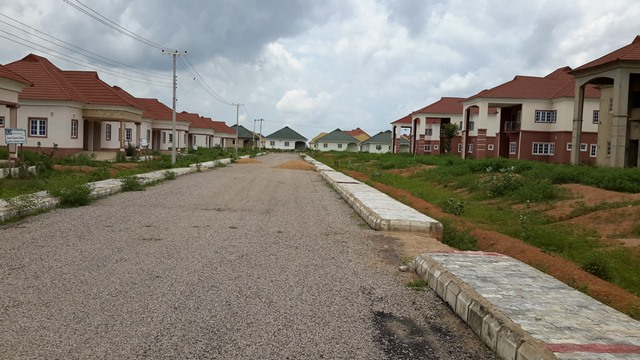 Houses in Amana City