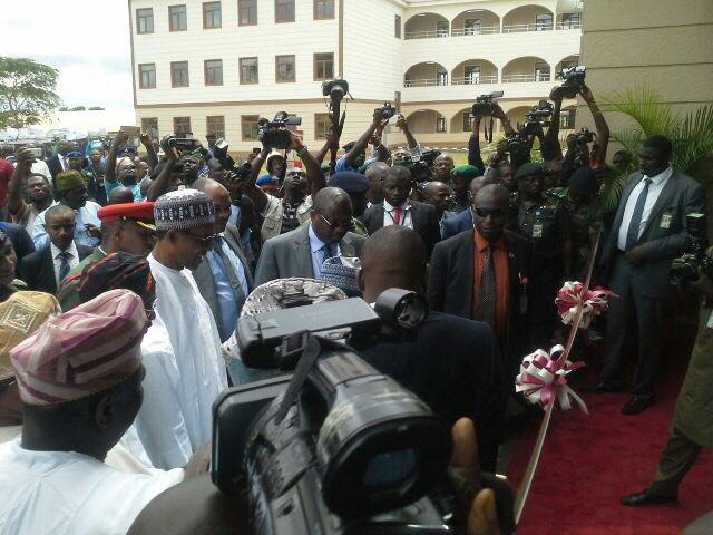 President Buhari Commissioning the Osun High School Osogbo