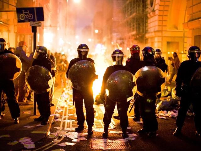 anti-trump-protests-turn-violent
