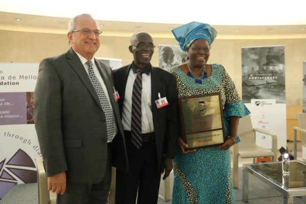 Nigerian Rebecca Dali receives her world humanitarian award