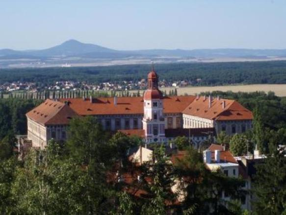 Замок в Роуднице-над-Лабем