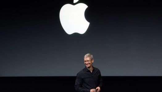 Cook diz que Apple está a explorar carros e Tesla rouba engenheiro à empresa