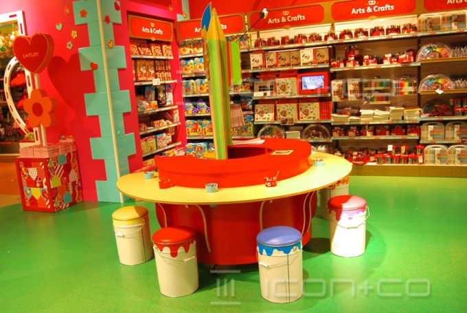 childrens-nursery-furniture, shop props