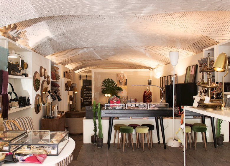 SAL Store interior in Lisbon Portugues interior design