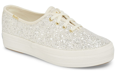 Sneakers sparkle white