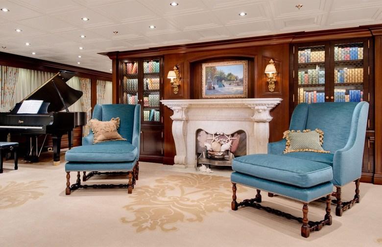 Merritt Cakewalk yacht interior