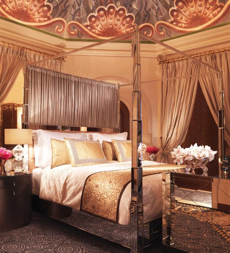 ROYAL BRIDGE SUITE AT ATLANTIS – The Palm, Dubai - Master Bedroom