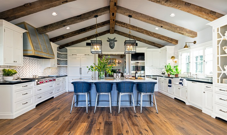 Luxury Design Farmhouse Kitchen