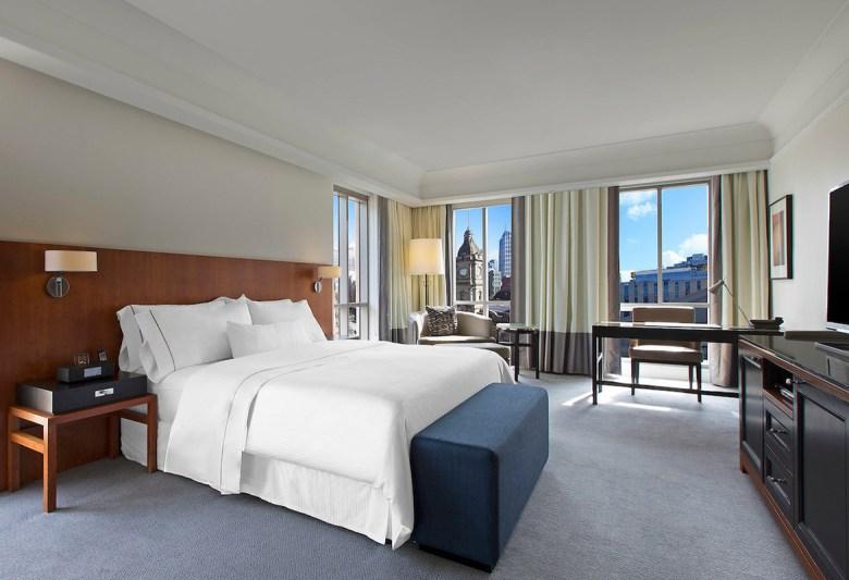 Westin Hotels - Simmons pillow-top mattress