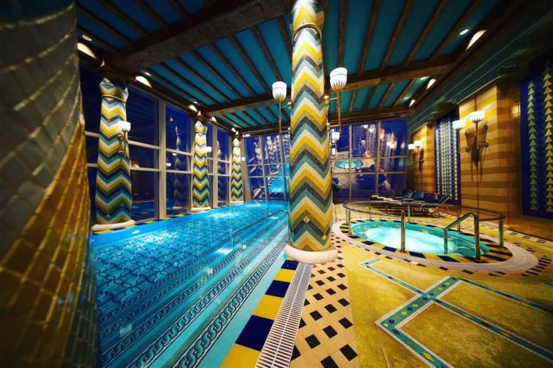 Burj Al Arab indoor pool and hot tub