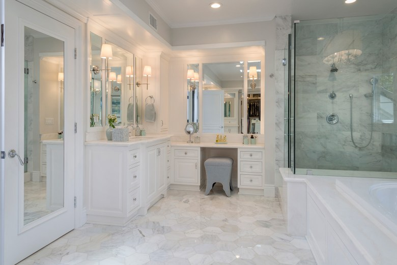 Interior designer Courtney Thomas - bathroom
