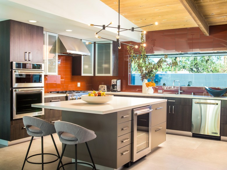 Mid-Century Modern Home Palms Springs CA - Kitchen