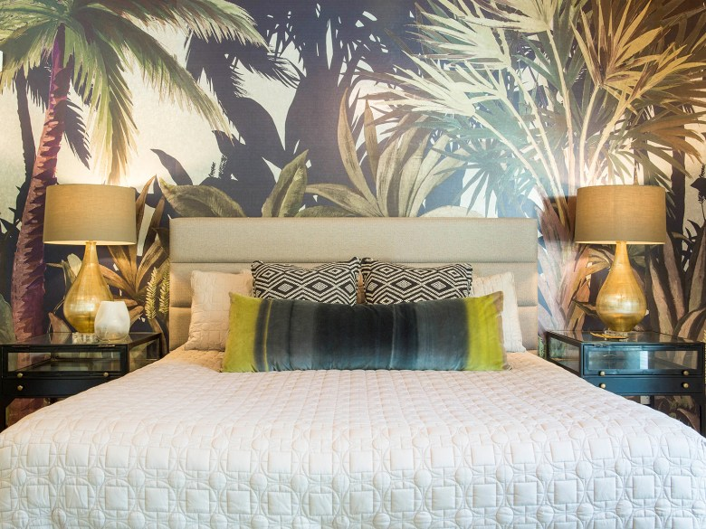 Mid-Century Modern Home Palms Springs CA - Master Bedroom